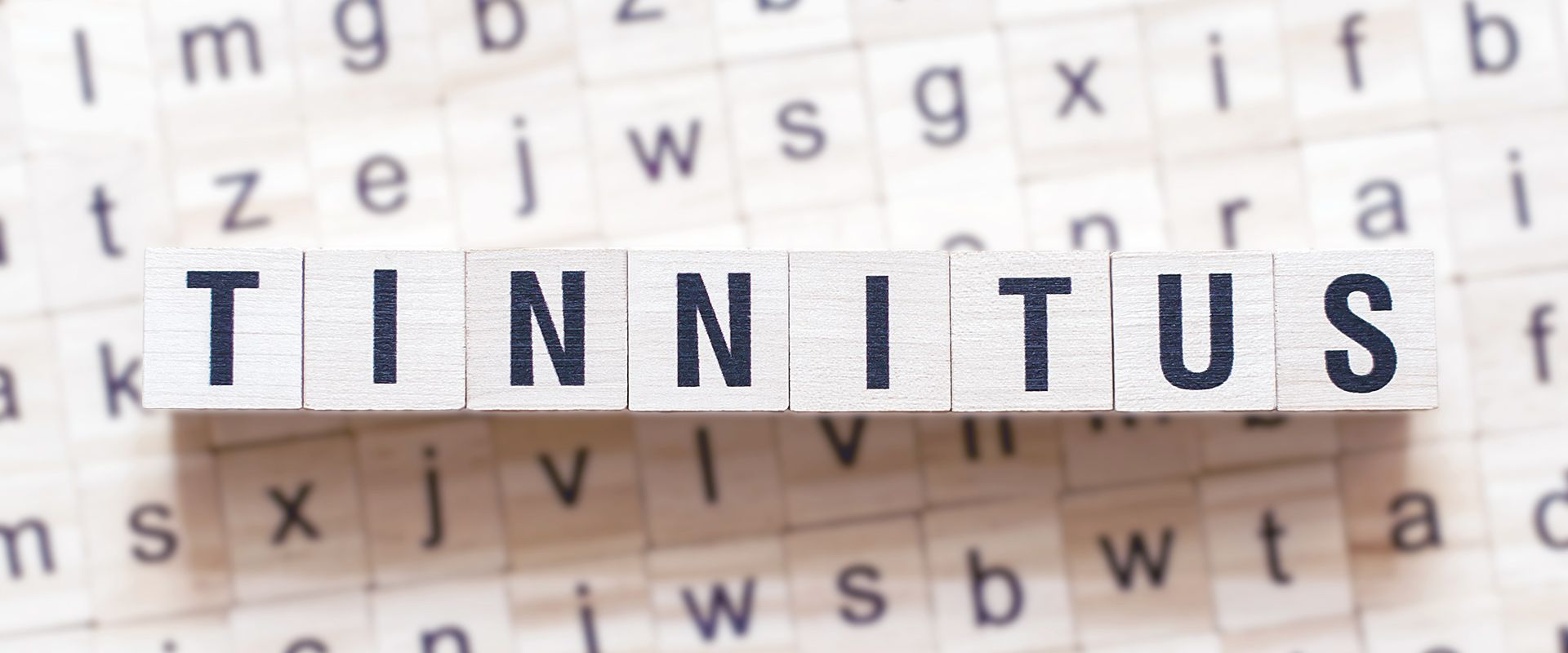 TINNITUS TIROL - Selbsthilfegruppe - Holzwürfel als Tinnitus